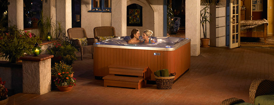 Hot Spring Spas Limelight - Glow - 4 Adults - 30 Jets